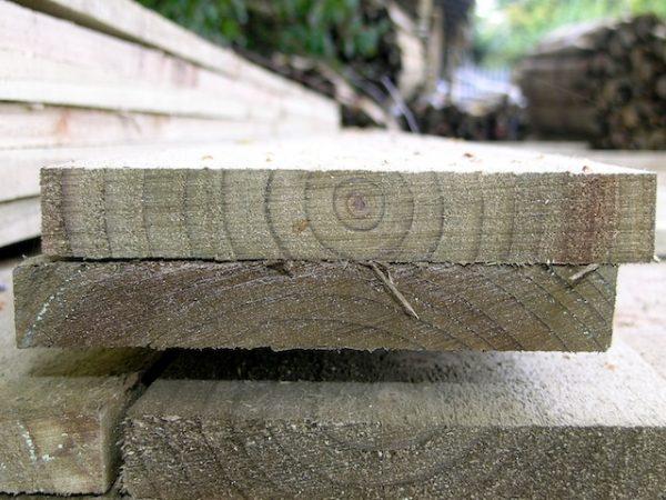 sawn gravel board