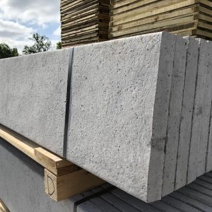 Plain concrete gravel board